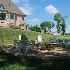 Fall Fun: Adding a Fire Pit to Your Backyard